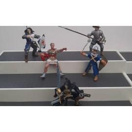 5 Papo Figures 1998 To 2005 ( Toy no 2B)