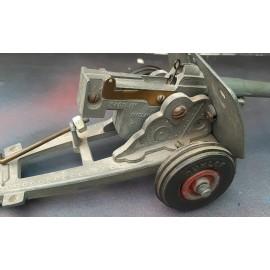 Avon of British 25 Pounder Bullock Gun