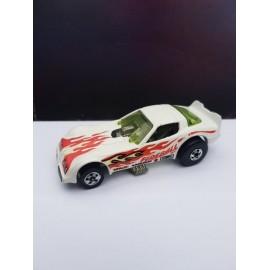 Hot WHEELS  1977 Dragster Car FireBall