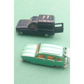 2 Renault 4L Norev and Pilen 4F