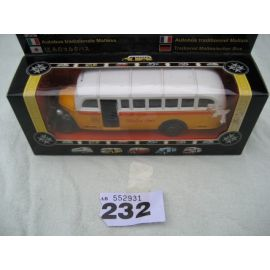 Dis Cast Malta Bus - Model No. 652