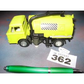 Dinky Johnstown Road Sweeper