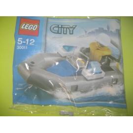 Lego MiniFigure Set 30011 – Police Boat
