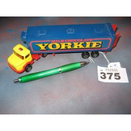 Corgi Yorkie Truck Dis Cast